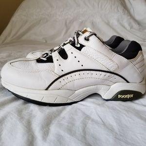 Foot Joy Superlites leather golf shoes size 9 W